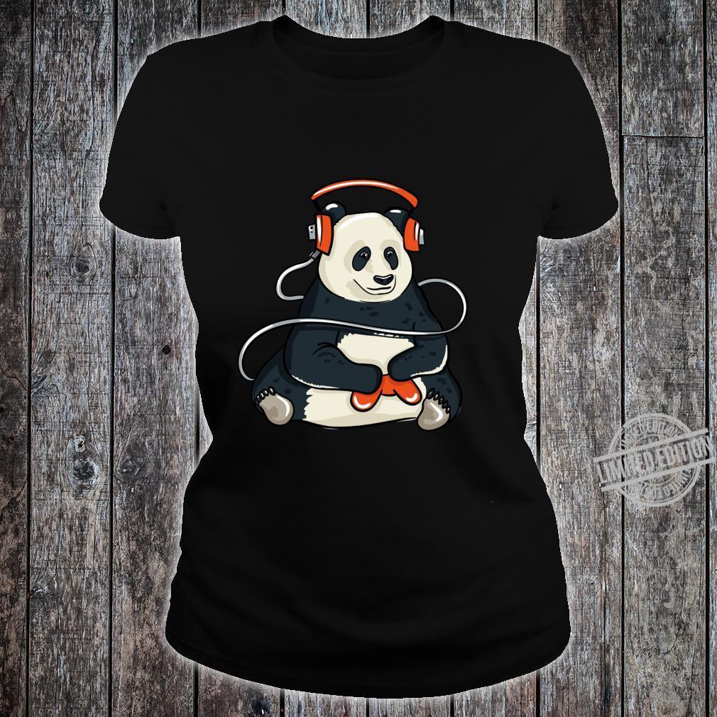 Funny Cool Gaming Panda Gift Video Gamer Shirt ladies tee